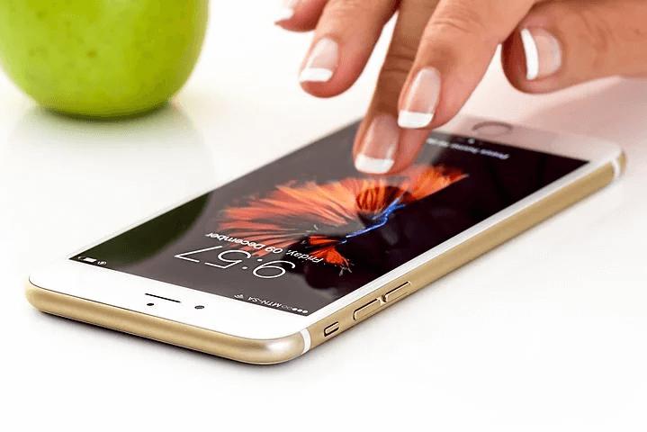 楽天モバイルから新価格登場!【携帯代を安くしたい人は必見!】